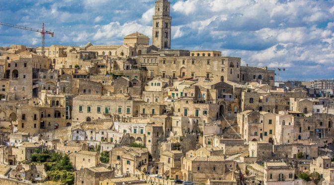 """La storia di Matera: da """"vergogna d'Italia"""" a Patrimonio Mondiale dell'Unesco"""