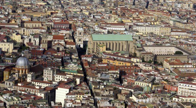 #Raccontalatuacittà: Napoli tra storia e squisitezze