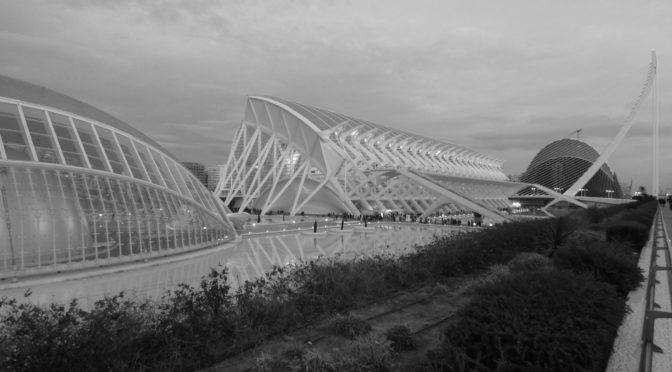 Valencia a piedi: due itinerari a piedi nella città di Calatrava