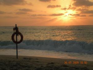 Itinerario costa tirrenica in Calabria: tramonto sul mare a Tropea