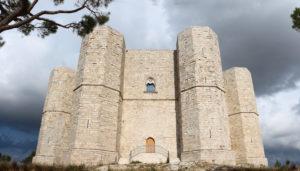 On the road tra Basilicata e Puglia: Castel del Monte