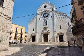 On the road tra Basilicata e Puglia: Basilica di san Nicola Bari