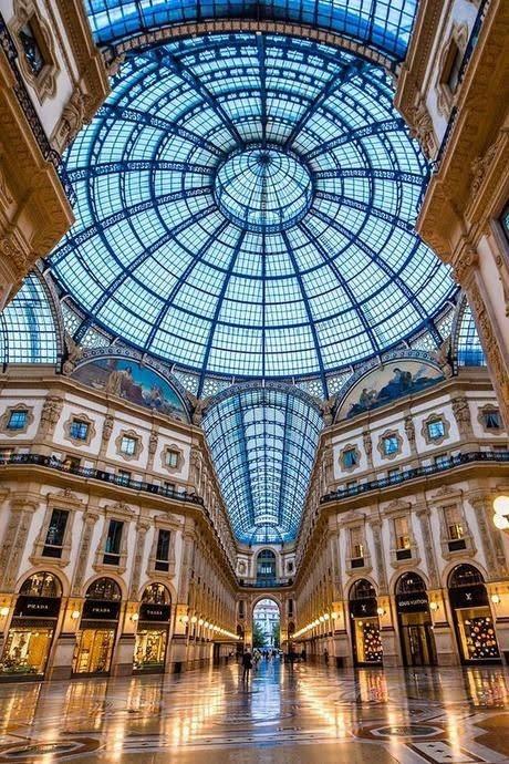 Galleria Il salotto di Milano