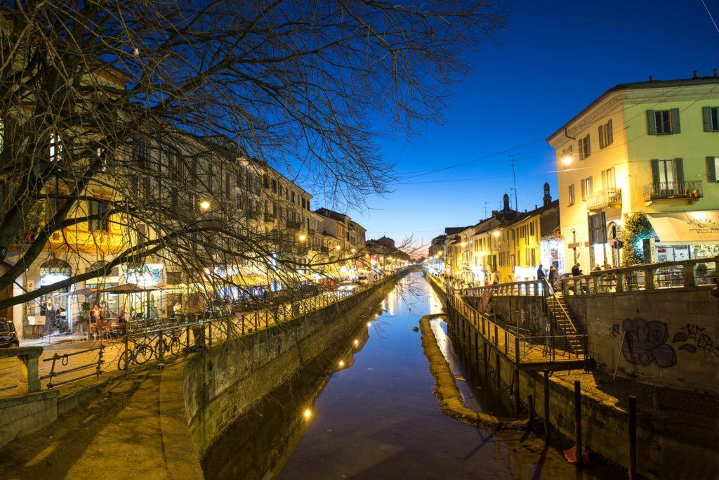 Navigli di sera - Milano