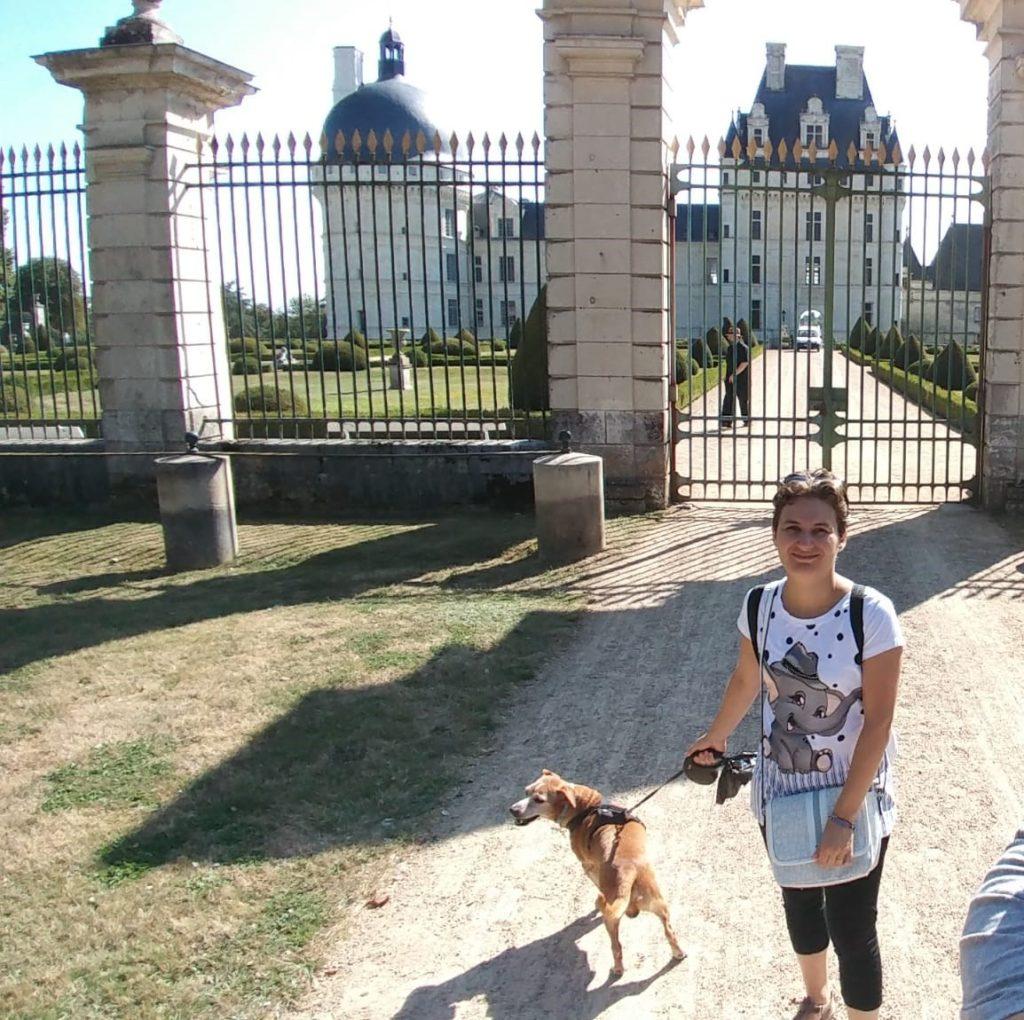 castello valenacay con cane