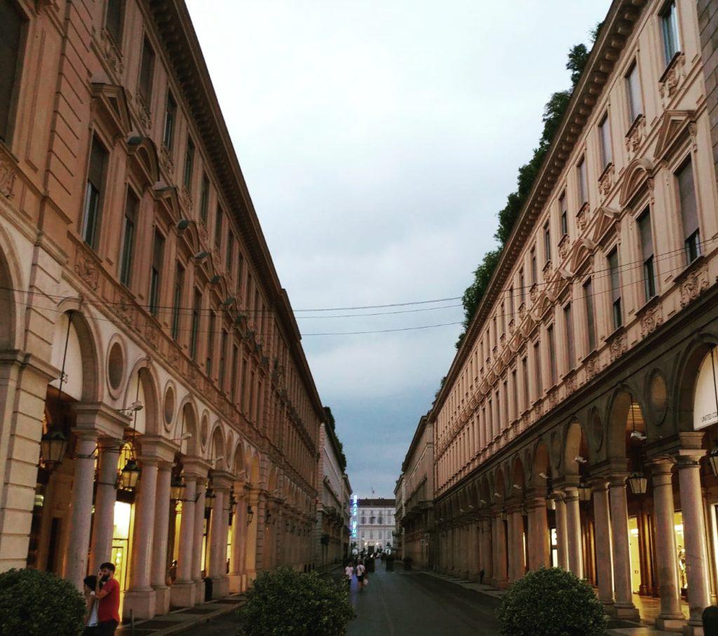 Via Po a Torino di Sera