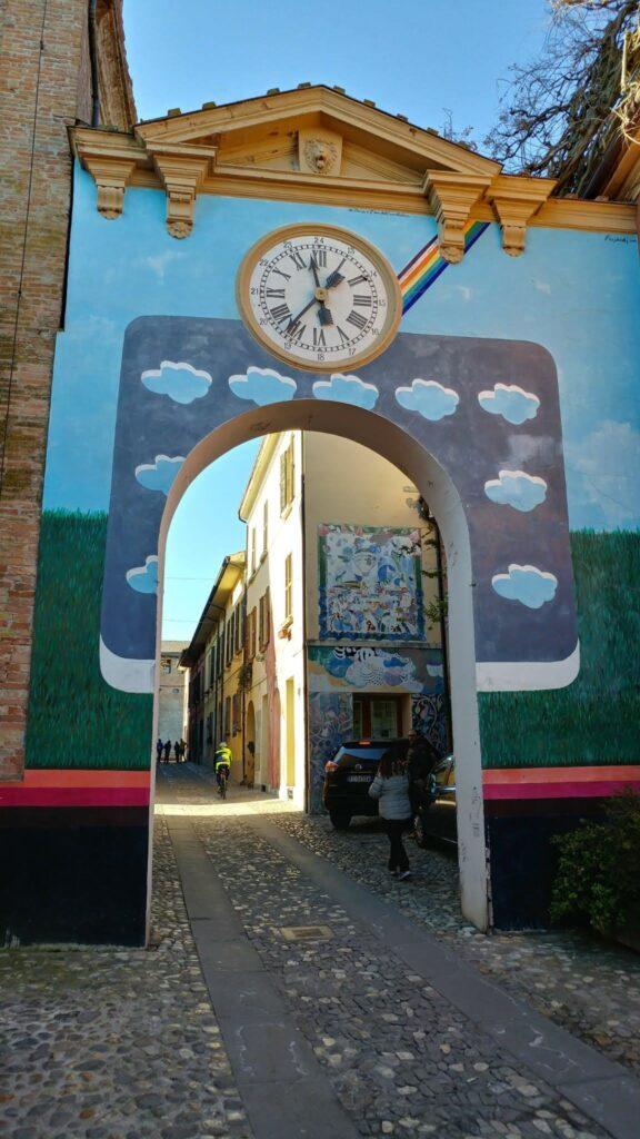 Murales arcobaleno - Dozza